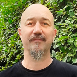 Franck Batut - Graphiste / Directeur Artistique chez Graphico Imprimerie à Buc dans les Yvelines